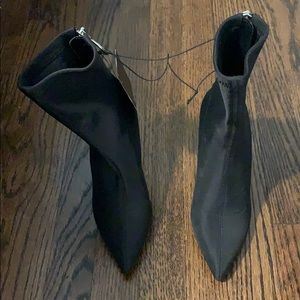NWT short black booties